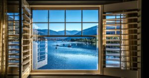 Prestige Hotel Nelson BC lake view